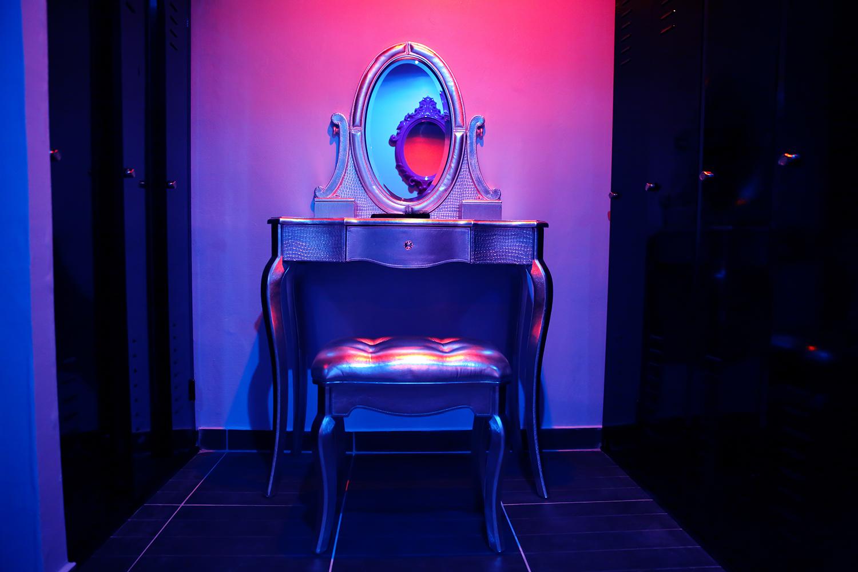 vestiaire le candy sauna libertin sur bordeaux sauna le candy. Black Bedroom Furniture Sets. Home Design Ideas